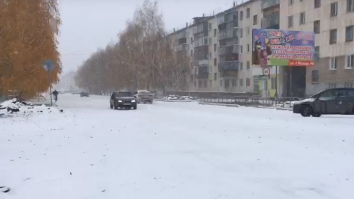 Зима уже тут: снег накрыл дома и дороги в Башкирии