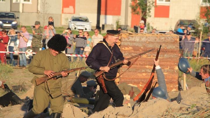 Шум выстрелов и грохот орудий:в Ягринских дюнах высадился северодвинский десант