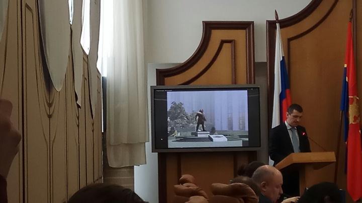 «Сквер — не кладбище»: депутаты придрались к эскизу памятника Хворостовскому