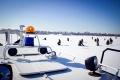 Лед еще держит, но это ненадолго: измеряем толщину вместе с рыбаками и спасателями