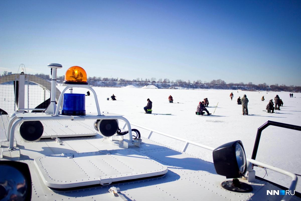 Сотни нижегородцев так и тянет облачиться в зимний камуфляж и рискнуть, чтобы ничего не поймать