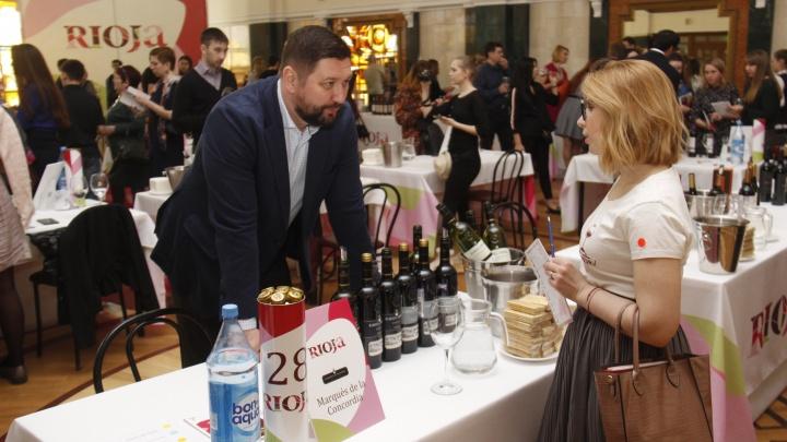 Потомок белоэмигрантов привез в Новосибирск 150 сортов вина, чтобы выпить с горожанами в ДКЖ