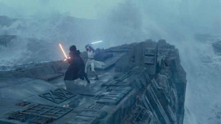 Старые песни о главном: почему новая трилогия «Звёздных войн» от Disney бесполезна