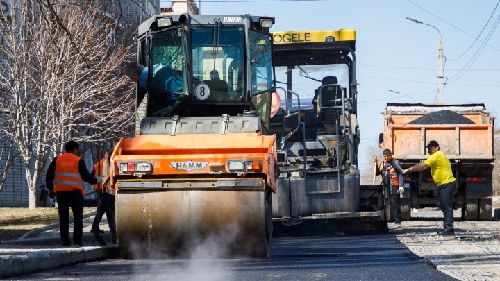 В Волгограде отремонтируют 2,3 километра дорог за 30 миллионов рублей