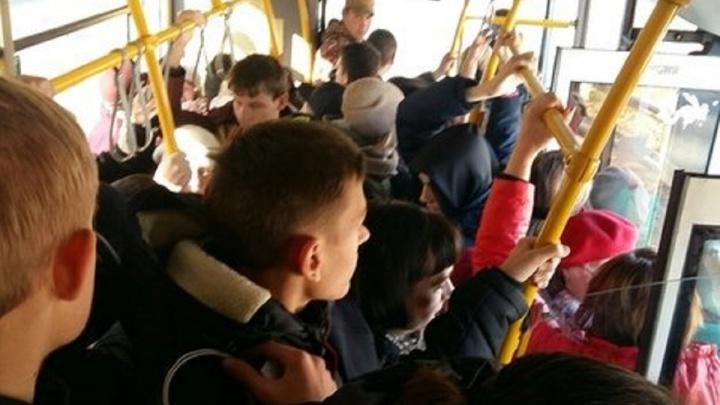 «Предлагаем обогатиться духовно»: в Самаре пассажиров автобусов приглашают в музей транспорта