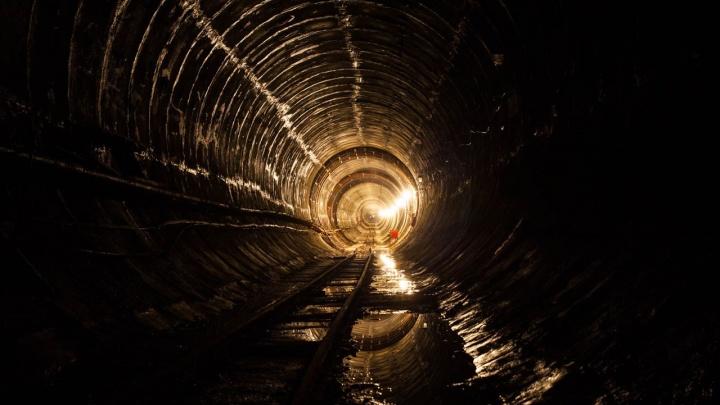 Правительство решило заполнить цементно-песчаным раствором один из участков омского метро