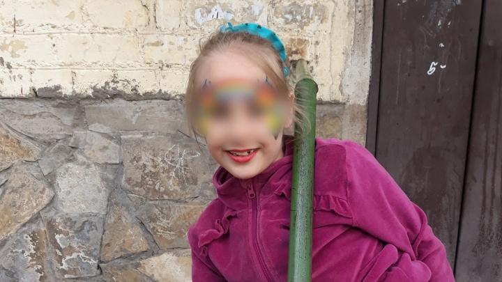 «Я гимнастка, я сама все знаю»: в Стерлитамаке девятилетняя девочка разбила голову в батутном центре