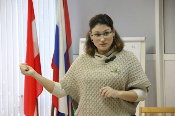 Евгения Горина сама преподает в университете и считает, что все оценки нужны только учителям