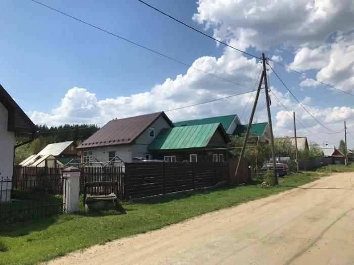 Специалисты компании МОТИВ устанавливают дополнительные базовые станции в каждом уголке Свердловской области