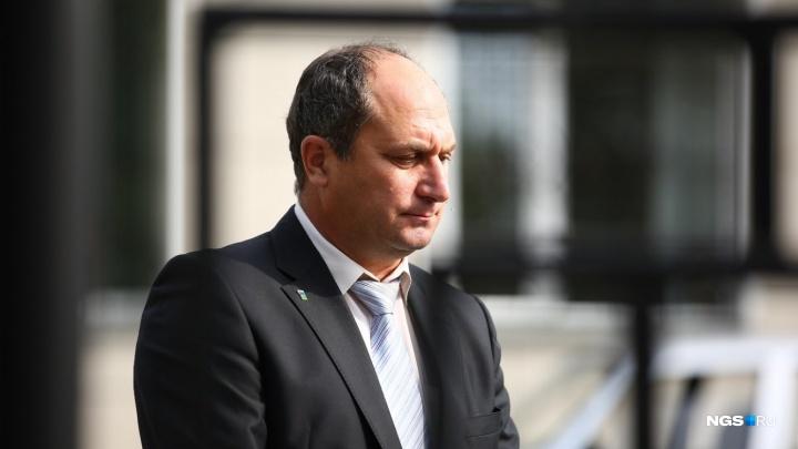 Бывшему директору школы Дмитрию Курицкому зачитали приговор по делу об избиении учеников