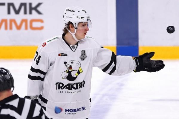 В КХЛ Кравцов дебютировал в сезоне 2016/2017