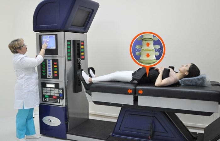 Бережное вытяжение в МЦ «Команда позвоночника» помогает справиться с мышечным напряжением и болью, а заодно улучшает работу мозга