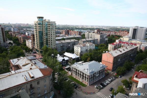 Среди недостатков Новосибирска Илья Варламов назвал самострои и грязь