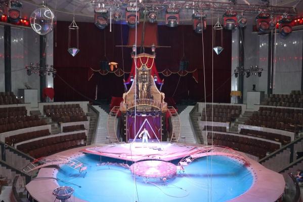 Износ кресел в цирке —сто процентов, капремонт здесь не делали более 40 лет