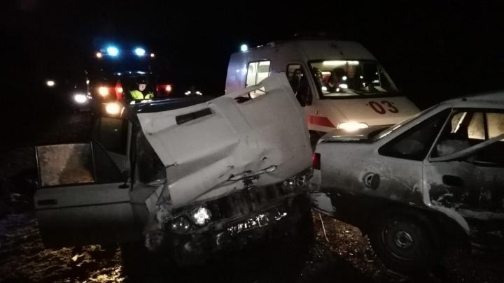На Тюменском тракте 20-летняя автомобилистка вылетела на встречку: 1 человек погиб, 3 пострадали