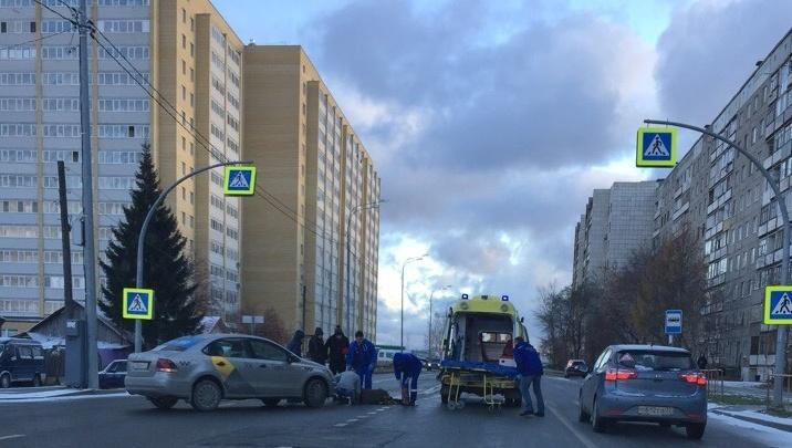 На Самарцева Volkswagen сбил 52-летнюю женщину