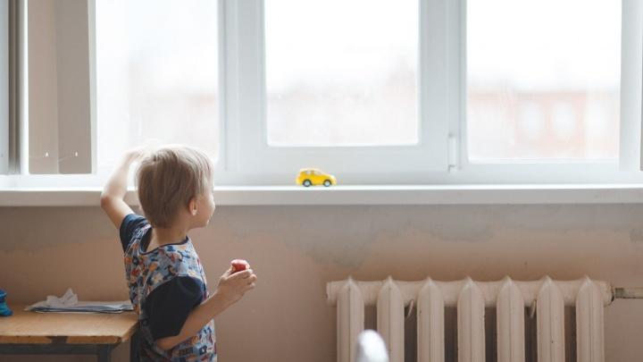 Пермяки смогут обменять свой рабочий день на заботу о детях-сиротах в больницах