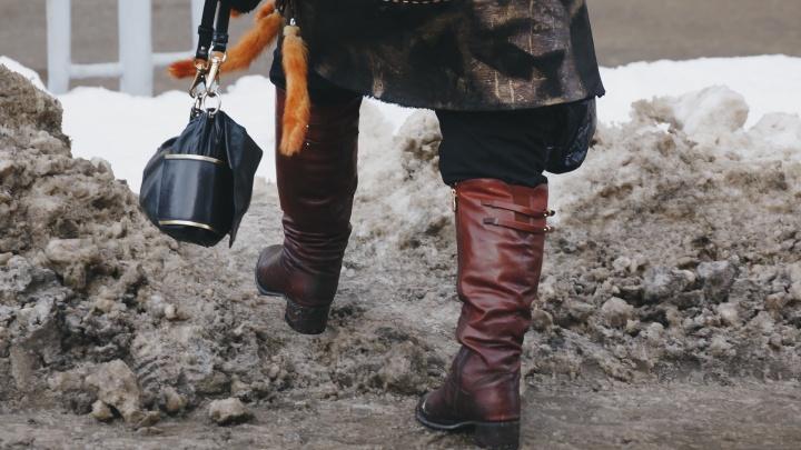 Убирайтесь уже! Смотрим, как тротуары Челябинска превратились в полосу для «Гонки героев»