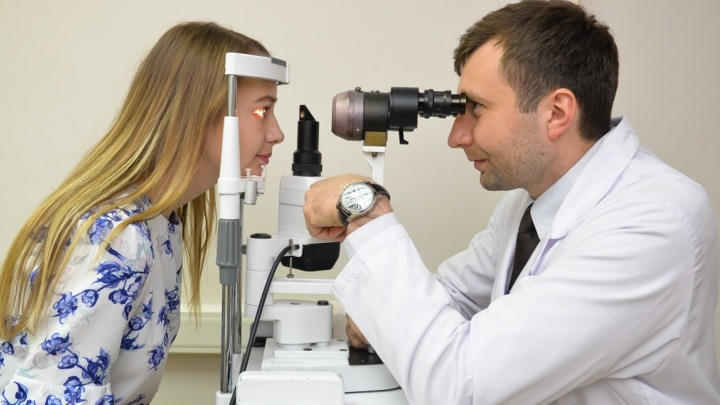 Учёные против мифов: правда ли зарядка для глаз улучшает зрение, а близорукость передаётся по наследству