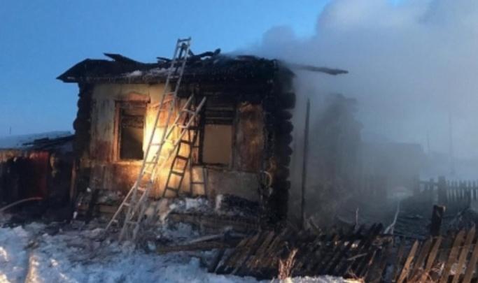 В Зауралье вынесли приговор матери троих детей, погибших на пожаре в Юргамышском районе