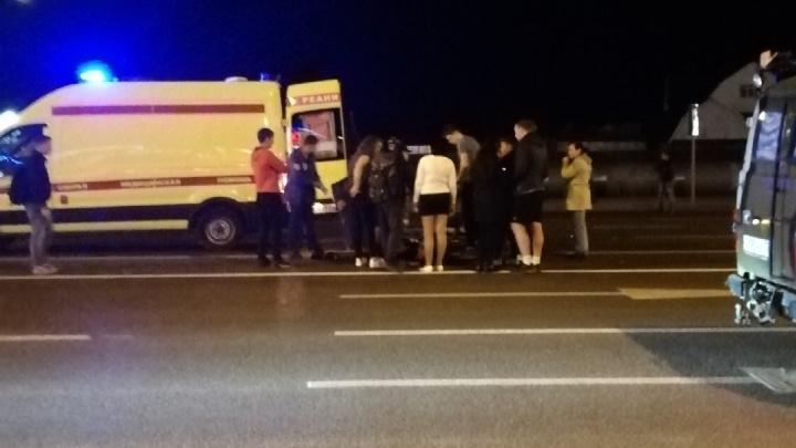 Возле «Окея» на Широтной водитель отечественной легковушки сбил подростка и скрылся с места ДТП