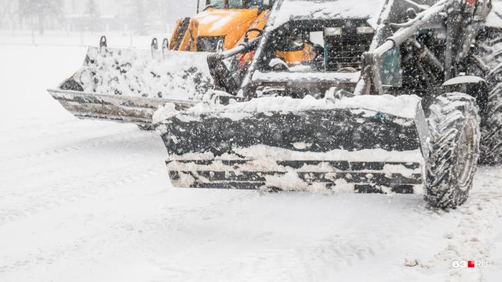 С главных автомагистралей Самары вывезли 12 тысяч тонн снега