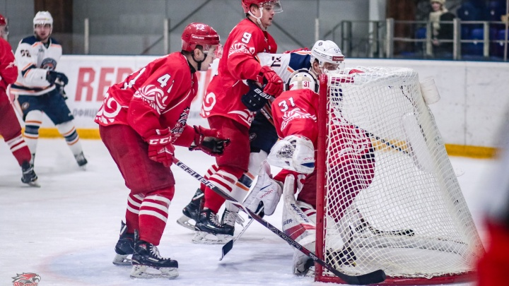 Лед не растаял, метеорит не упал: ХК «Ростов» наконец-то провел домашние матчи