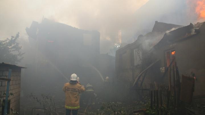Их было двое: в МВД сообщили, кто стал виновником крупного пожара у Южного моста