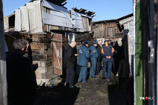 В частном доме в коркинском посёлке Роза угорели четверо членов семьи и трое гостей