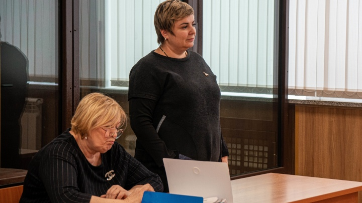 В Новосибирске судят косметолога, испортившего лицо омичке