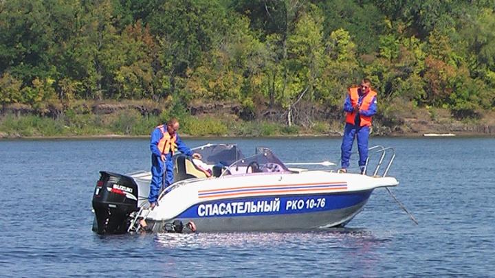 В Тольятти мужчина заплыл за буйки и начал тонуть