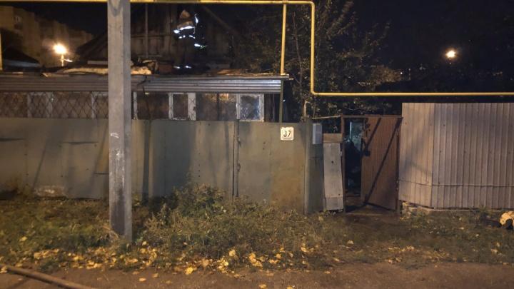 «Вероятно, поджог»: в Тольятти четыре человека погибли при пожаре в частном доме