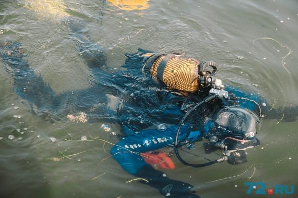 Водолазы быстро нашли тело утопленника