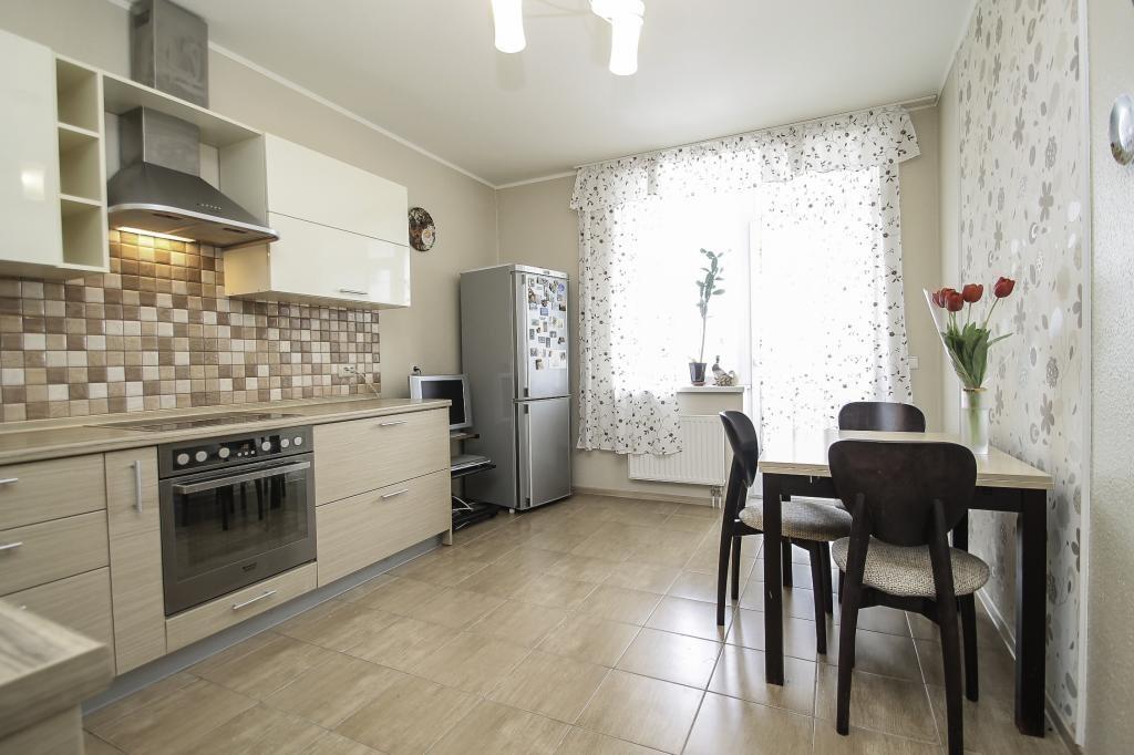 Ценные «квадраты»: квартиры с большими кухнями (фото)