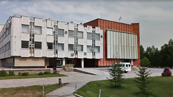 Следователи пришли с обысками в администрацию Советского района