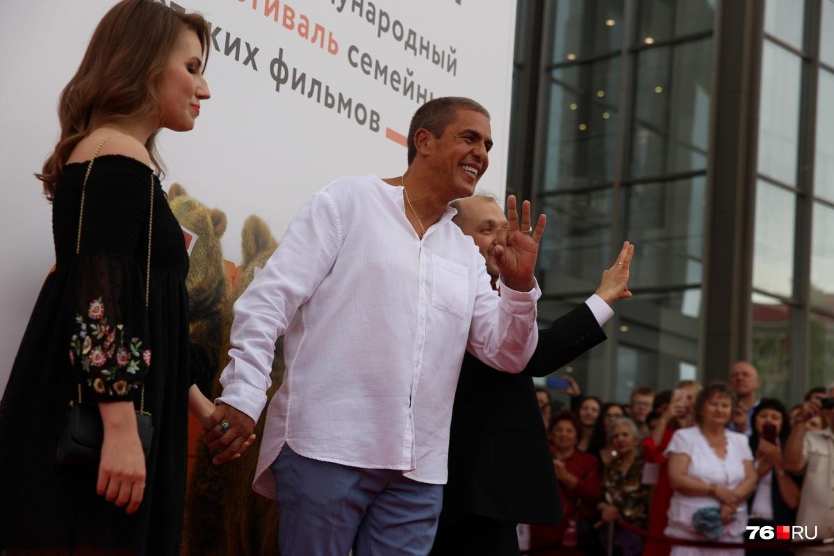 Сами Насери вЯрославле вручили паспорт путешественника