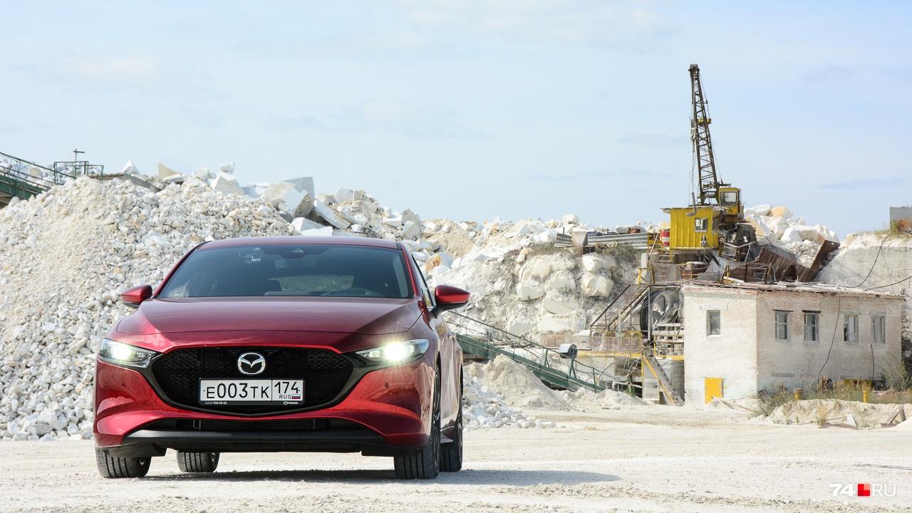 Все 15 лет Mazda удаётся сохранять «тройку» в хорошей форме, чтобы о ней приятно было помечтать