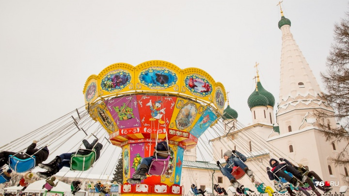Рождественская ярмарка, карусели и бесплатный каток: чем сегодня заняться в Ярославле