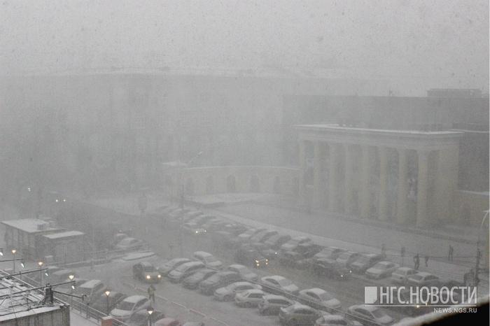Ветер в Новосибирске усилился сегодня во второй половине дня