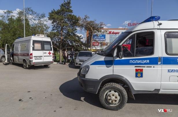 «Притворяется глухонемой»: в Волгограде задержали 11-летнюю девочку, заночевавшую в торговом центре