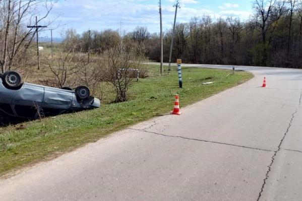 Водитель не справился с управлением на резком повороте