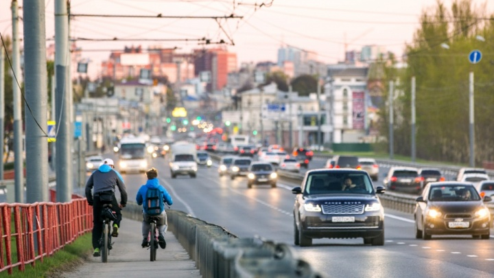 Ярославцы заявили, что готовы бросить машины ради поездок на общественном транспорте