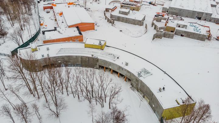 Минстрой прокомментировал приостановку строительства нового зоопарка Перми