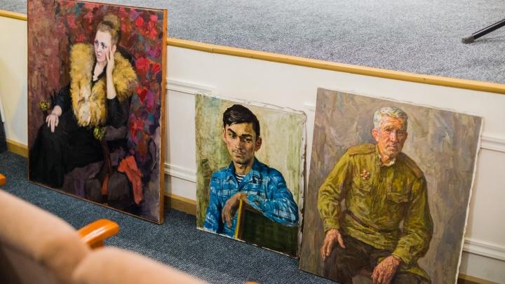 Коллекционер подарил новосибирскому музею редкие картины за полмиллиона