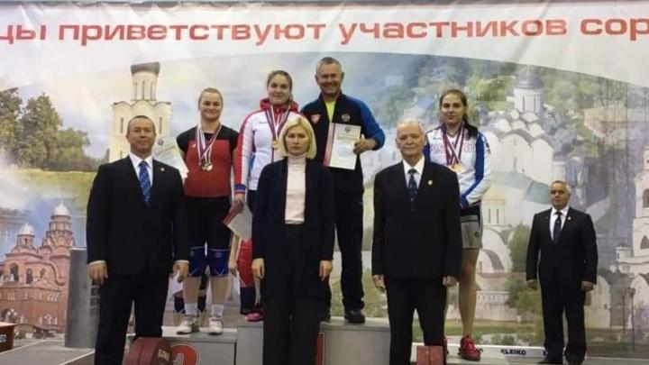Шадринские тяжелоатлеты завоевали четыре медали на первенстве России