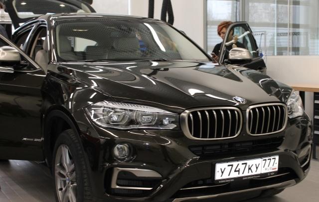 Айн. Цвай. Драй. BMW X6 на старте