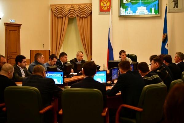 Мэр Ярославля Владимир Волков провел вечернее заседание штаба по уборке города