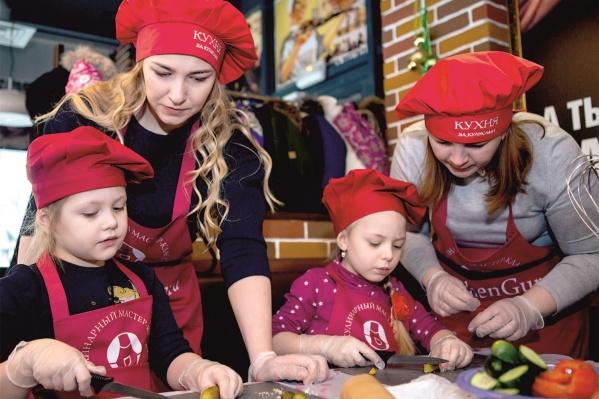 ГК «Стрижи» делилась кулинарными секретами в прямом эфире