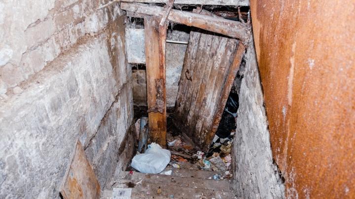 В Закамске после возбуждения уголовного дела начали ремонтировать дом, где обвалилась лестница