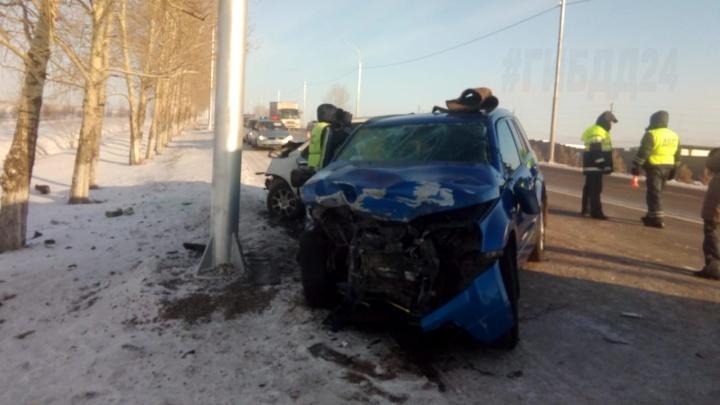 Машина влетела в снежное облако и разбилась на «встречке»: погиб мальчик 6 лет